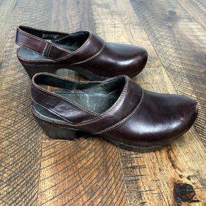 DANSKO slingback leather non slip clogs 41